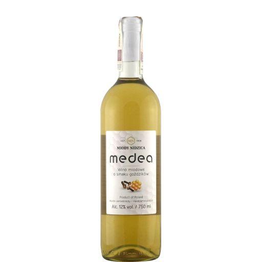 Medea o smaku goździków 750 ml